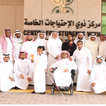 Within the framework of the joint cooperation between the MOLSD and KAU in the recruitment and training of students with special needs, the  Director General of the Ministry